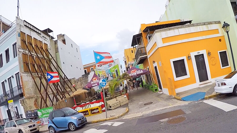 Puerto-Rican flags in colourful San-Juan old town