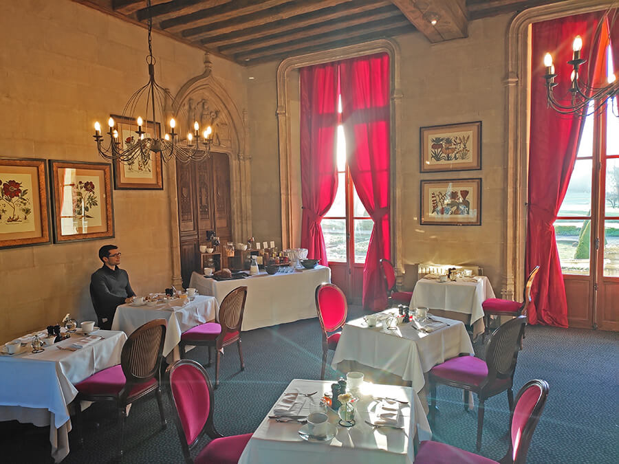 The Hotel Castle set up a spacious room for breakfast buffet