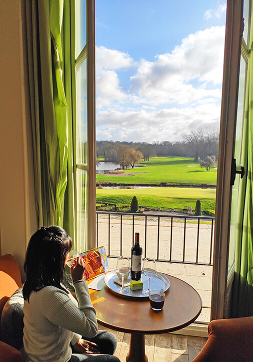rooms has large windows with stunning view of the golf course